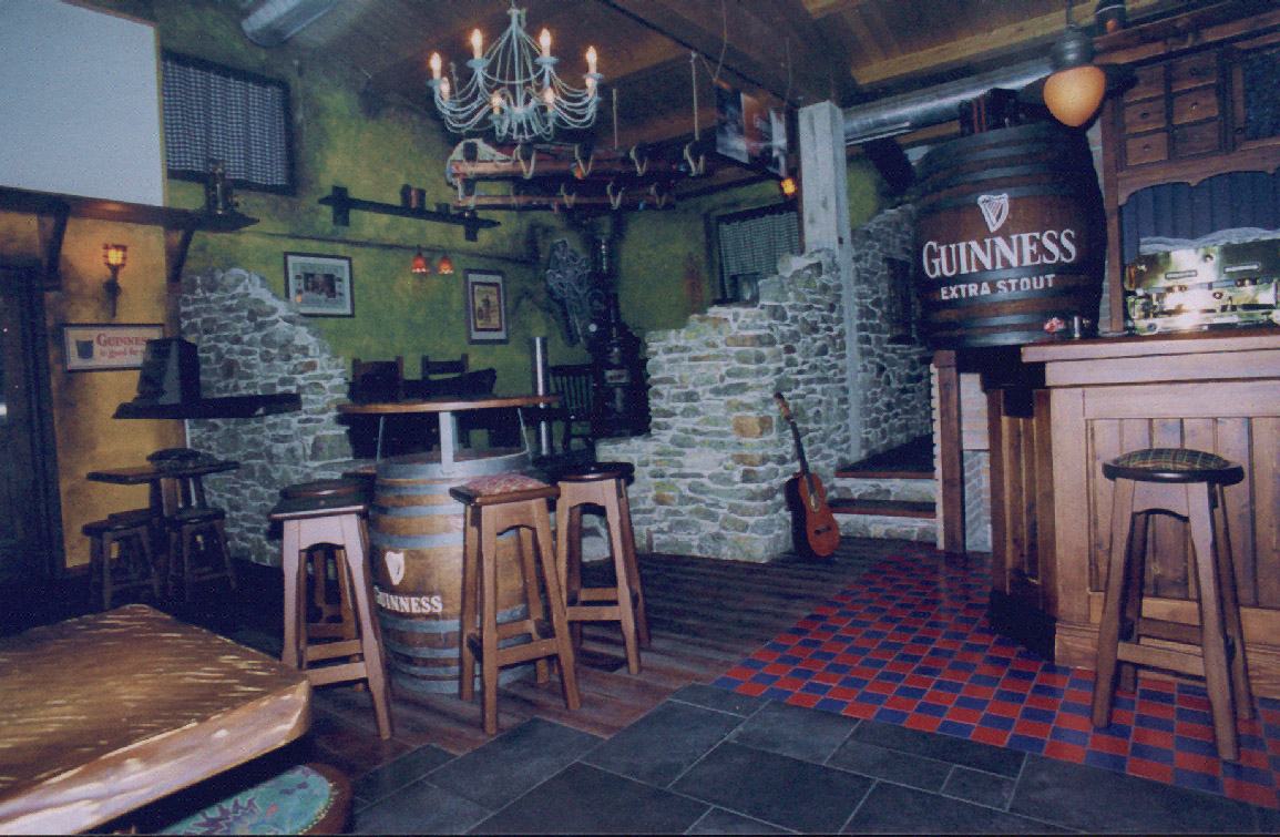 Pub irish country arreda snc for Arredamento per pub